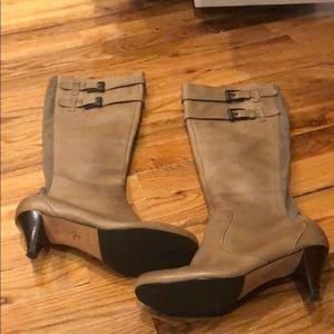 Cole Hann Nike Air Tan Leather Boots Sz 8